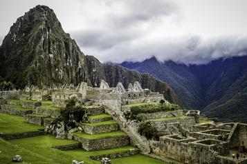 Le Machu Picchu rouvre pour un seul touriste)