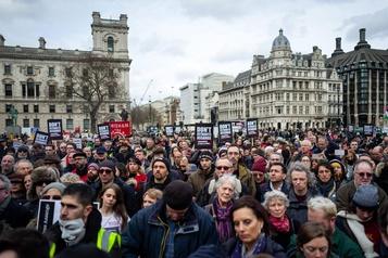 «N'extradez pas Assange»: les soutiens de Julian Assange manifestent à Londres