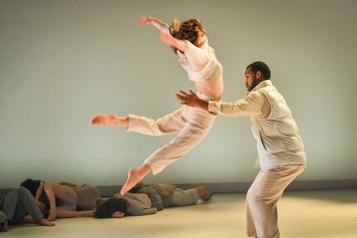 École de danse contemporaine de Montréal En mouvement depuis 40ans)