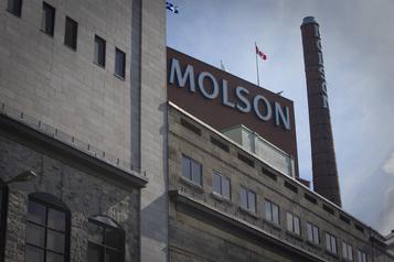 Fuites toxiques: neuf usines effectuent des tests d'alerte à Montréal )