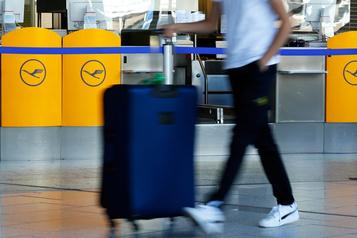Lufthansa supprimera des milliers d'emplois)