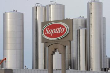 Profit net accru et revenus en baisse pour Saputo)