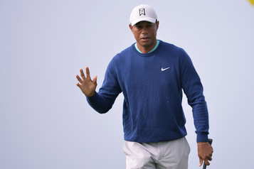 Tiger Woods appelle à rester « en sécurité et intelligents » face à la COVID-19
