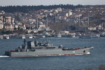 La Russie va limiter la navigation dans trois zones de Crimée jusqu'en octobre)