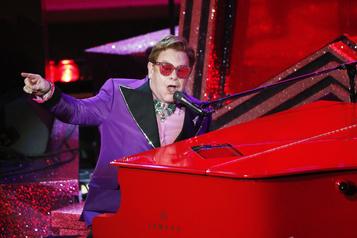 Elton John, malade, met fin à un concert en Nouvelle-Zélande