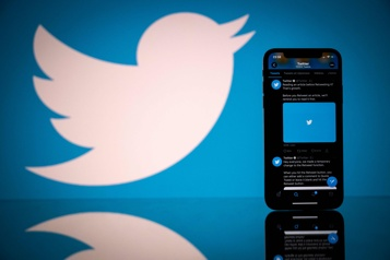 Twitter veut ses influenceurs maison)
