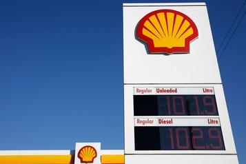 Shell redresse la barre et augmente son dividende)