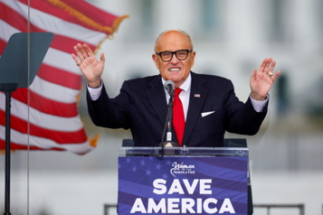 L'appartement de Rudy Giuliani, ex-avocat de Trump, perquisitionné par le FBI)