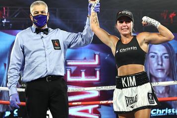 Victoire éclatante de Kim Clavel àLas Vegas )
