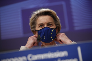 Droits de douane Bruxelles et Washington signent une trêve de quatre mois)