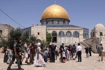 Esplanade des Mosquées Tensions entre policiers israéliens et manifestants palestiniens)