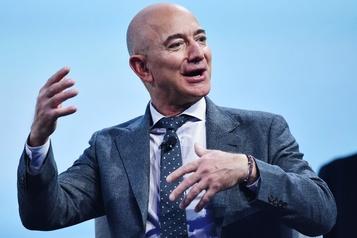 Pour aller sur la Lune, Bezos s'associe à des géants de l'aérospatiale