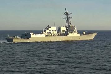 Mer du Japon Deux navires de guerre russe et américain frôlent l'incident