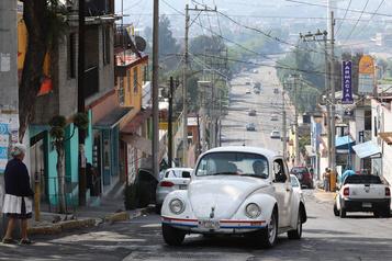Dans le rétroviseur - Volkswagen Beetle : Auf wiedersehen, adios et au revoir