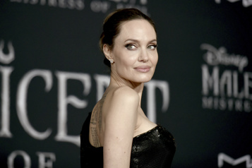 Angelina Jolie au Burkina Faso à l'occasion de la Journée mondiale des réfugiés)