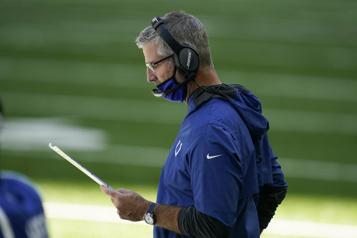 NFL L'entraîneur-chef des Colts atteint de la COVID-19)