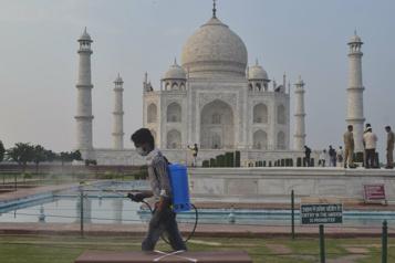 Allègement des restrictions sanitaires Le Taj Mahal rouvre mercredi)