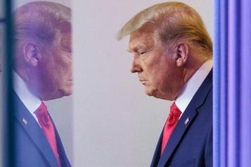 «Nous devons inverser cette élection», demande Trump à ses partisans)
