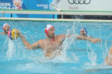 Qualifications olympiques en water-polo Cinquième revers de suite pour les Canadiens)