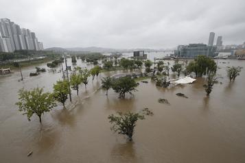 Corée du Sud: au moins 30morts dans des inondations et des glissements de terrain)