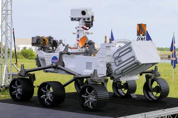 Le rover Perseverance de la NASA en route vers Mars)