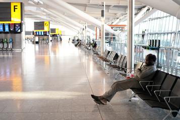 Heathrow ferme une piste et réduit ses activités