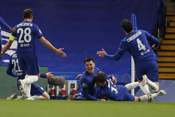 Chelsea élimine le Real Madrid et rejoint Manchester City en finale)