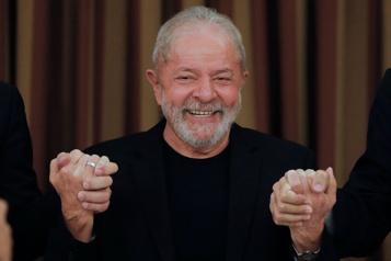 Brésil Un juge rend Lula éligible aux élections de 2022)