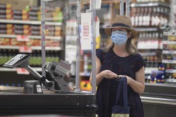 Masques obligatoires dès samedi dans les lieux publics fermés)