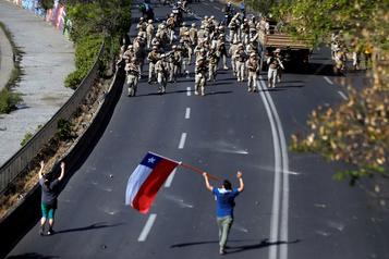 Chili: 7 morts dans les émeutes, le pays déclaré «en guerre»