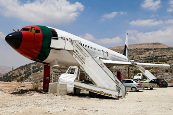 Cisjordanie Un avion se transforme en restaurant)