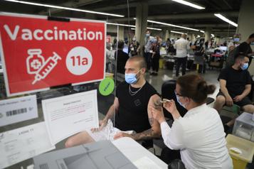 Alouettes La vaccination est «un devoir de citoyen», croit Marc-Antoine Dequoy)