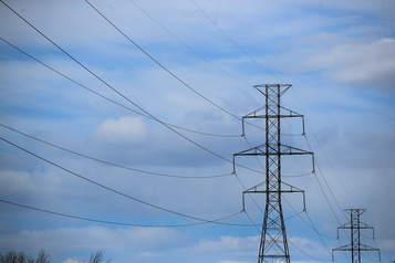 Réplique Le droit de défendre notre électricité)