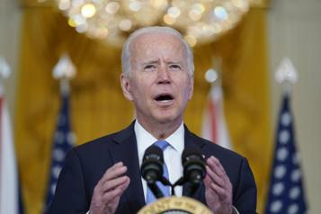 Biden va taxer les très riches et choyer la classe moyenne)