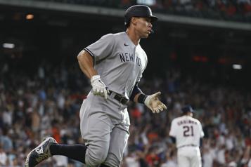 Yankees de NewYork Aaron Judge se rapproche d'un retour au jeu)
