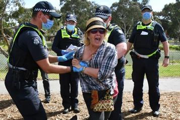 Australie Plus de 200arrestations lors de rassemblements anticonfinement)