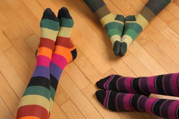 Des chaussettes colorées pour sensibiliser aux troubles alimentaires)
