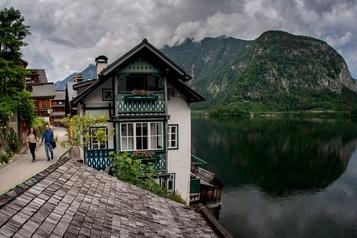 Hallstatt tente de reprendre son tourisme en main)