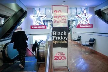 États-Unis Important bond des ventes sur l'internet pour le Vendredi fou)