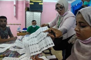 Législatives en Algérie Le principal parti islamiste clame victoire )