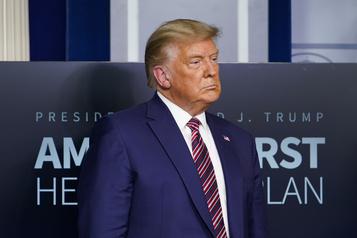 Trump conforte les autocrates en refusant sa défaite)