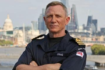 Daniel Craig fait commandant de la Royal Navy)