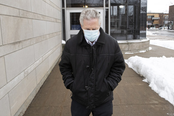 Tony Accurso demande la suspension de son procès en raison de la pandémie)