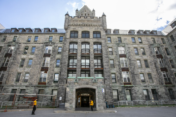 Revitalisation de l'ancien site de l'Hôpital Royal Victoria  L'Université McGill propose un pôle d'innovation en développement durable)