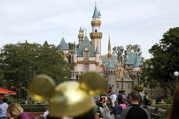 Les parcs d'attractions californiens font pression pour une réouverture)