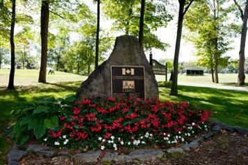 11-Septembre Les attentats commémorés à travers le Canada)