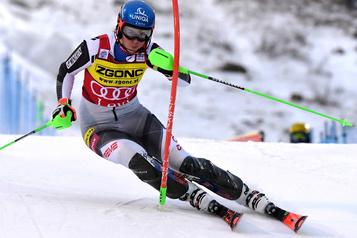 Coupe du monde de ski alpin Petra Vlhova gagne le slalom de Levi, Laurence St-Germain6e)