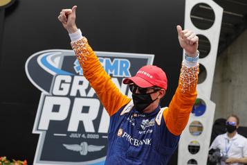 Scott Dixon de nouveau vainqueur à Indianapolis)
