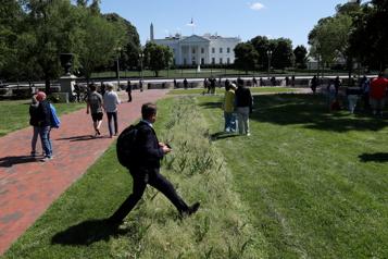 L'étau sécuritaire autour de la Maison-Blanche se desserre)