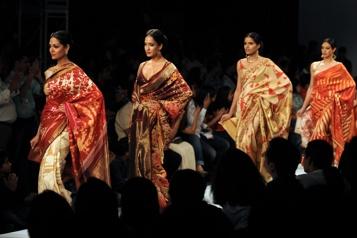 Décès du créateur de mode Satya Paul)
